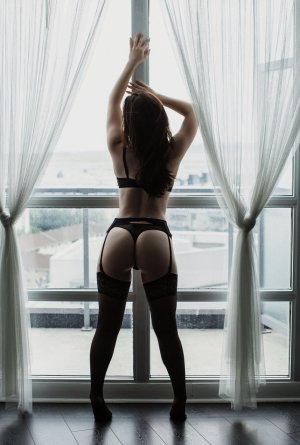 Marie-francine facesitting escorts in Richmond West