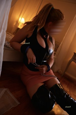 Sheriane desi escorts in Freeport, NY